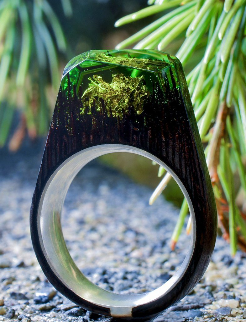 SILVER GREEN WOODEN RING