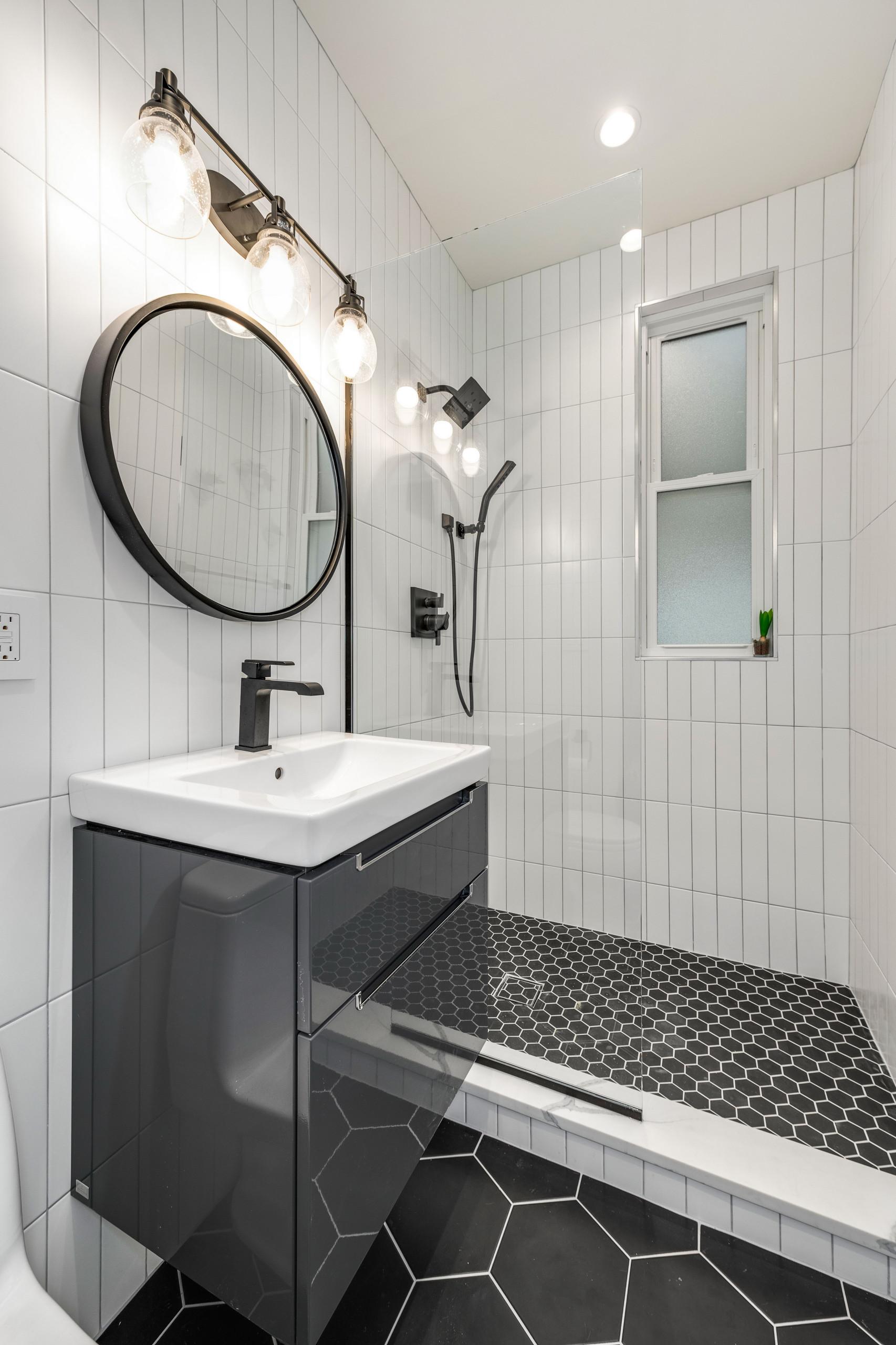 Luxury Bathroom Contrast elitelux.club