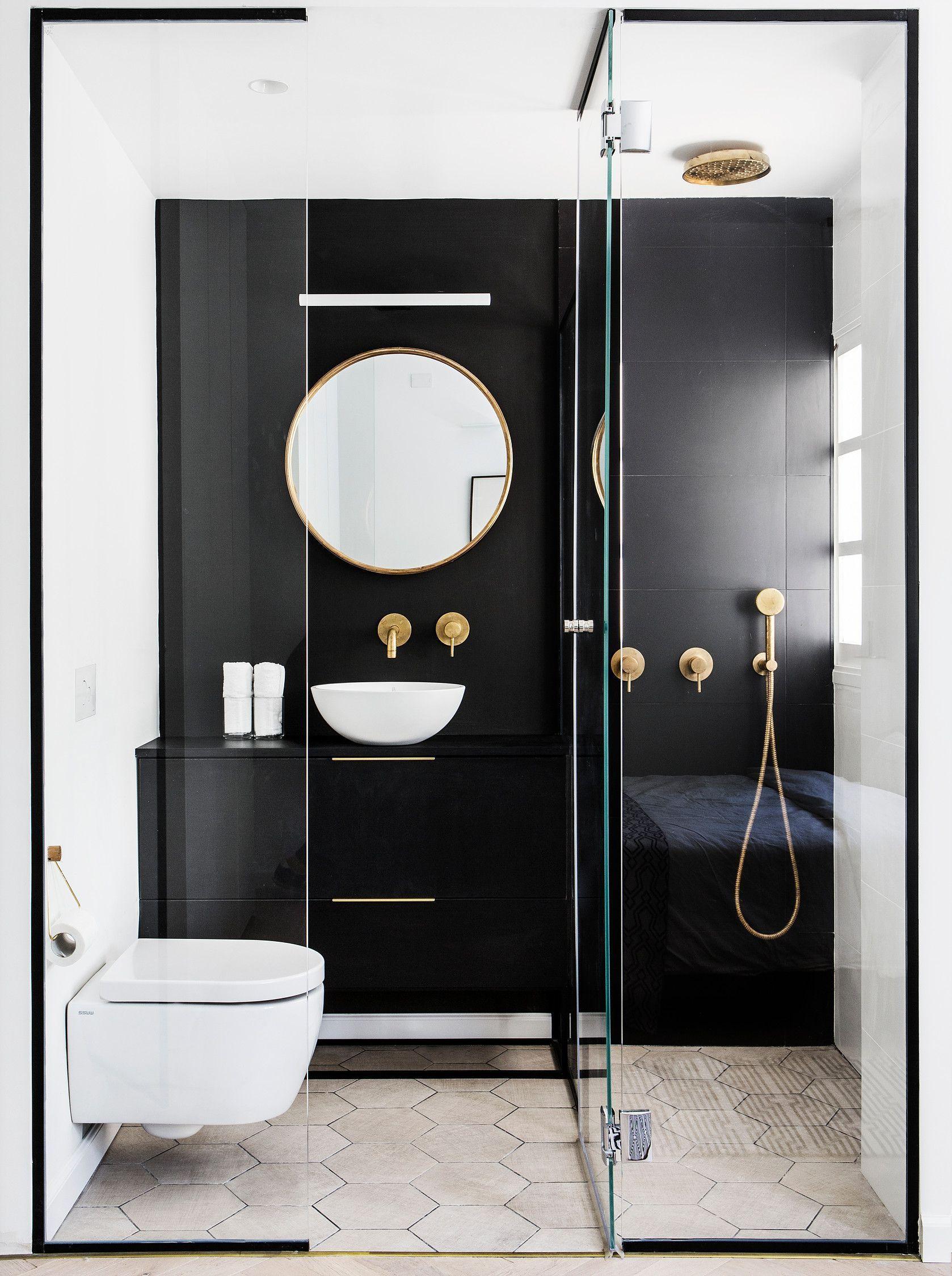 Luxury Bathroom Contrast interior design