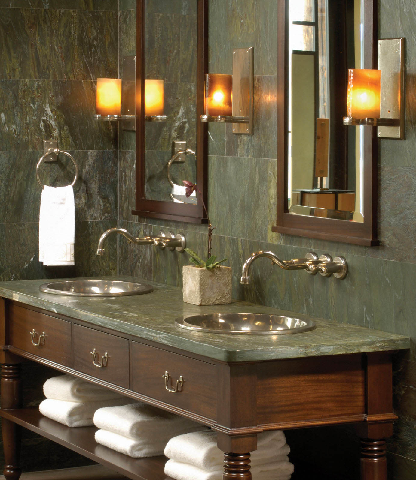 Wall Mount Faucet With Rectangular Escutcheon - rounded