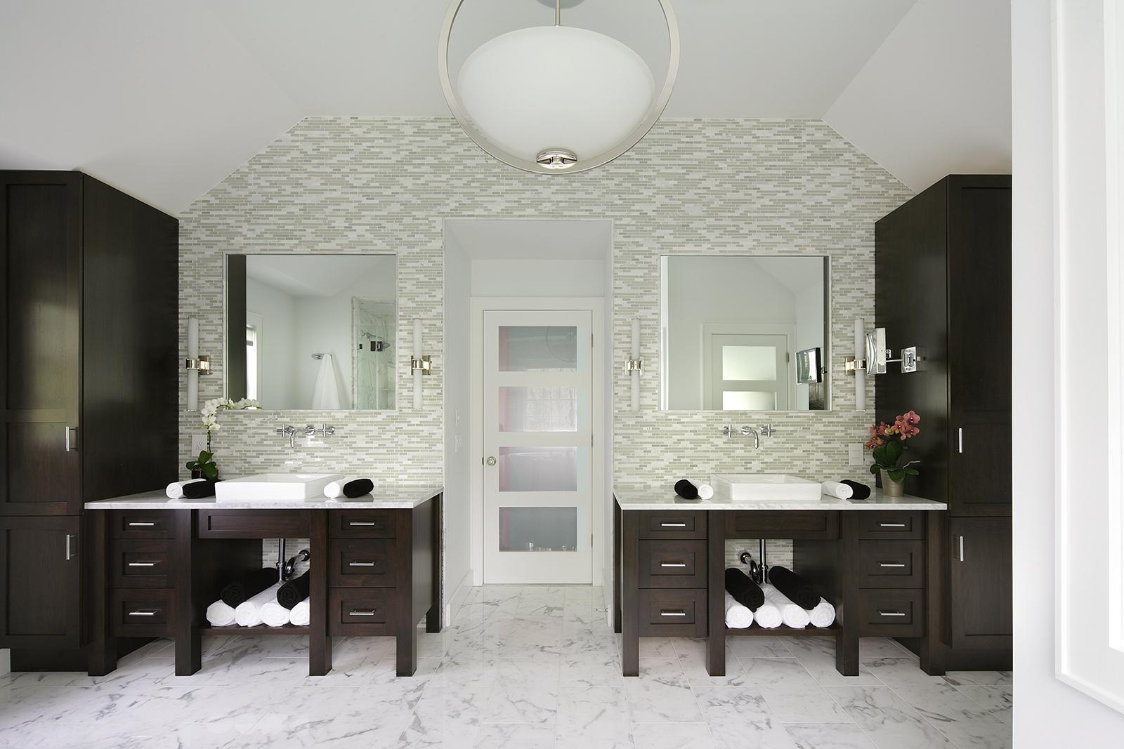 bathroom design contrast ideas