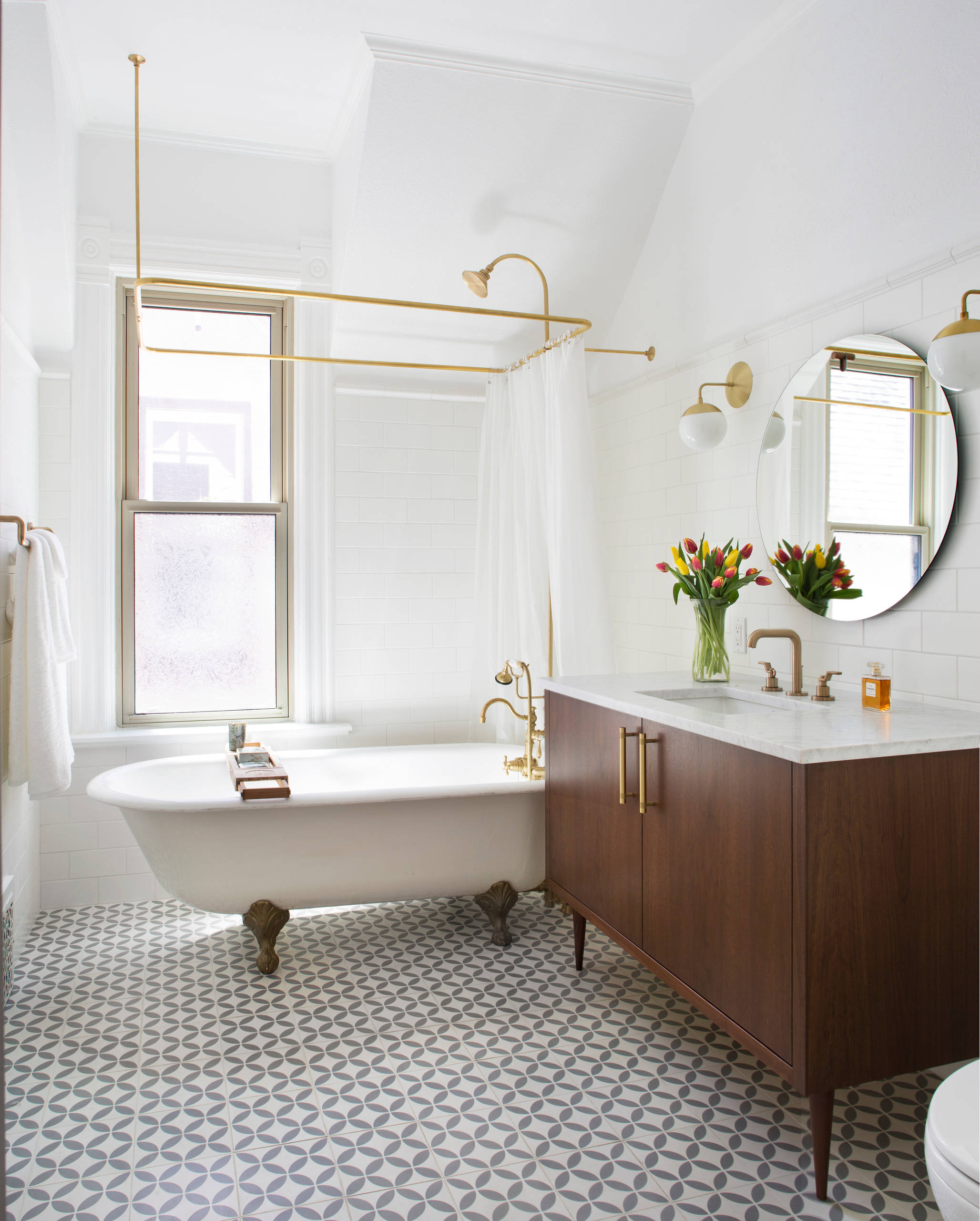 bathroom faucets with low maintenance in traditional design